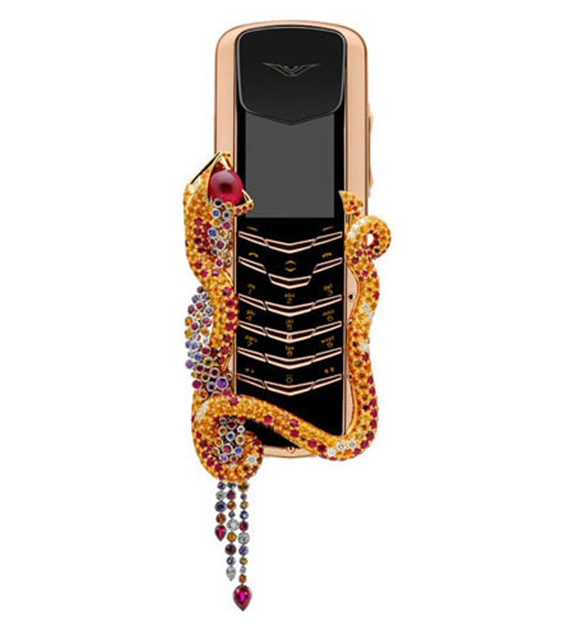 Boucheron has created this seductive phone for Vertu  VERTU PHONE imageboucheron 1