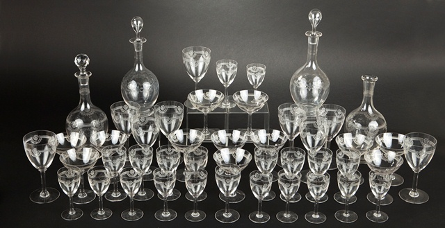 Baccarat offers a very complete set of glasses