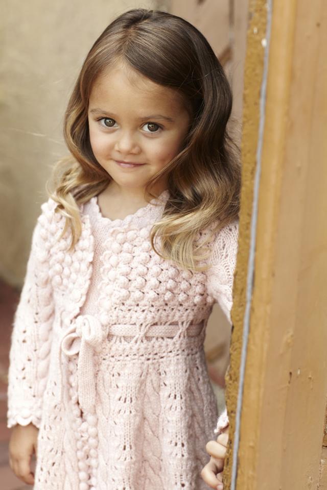 Delicate pink dress by Oscar de La Renta, Fall 2012 collection  Halloween fashion tips: Oscar de la Renta Oscar de La Renta 5
