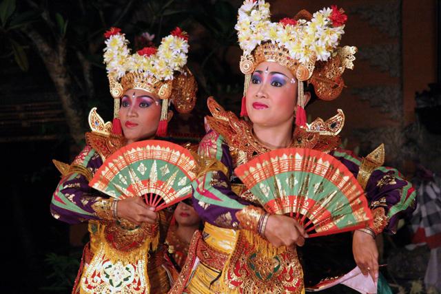 Bali Dance  My Business Trip to Asia Bali Danse 0704a