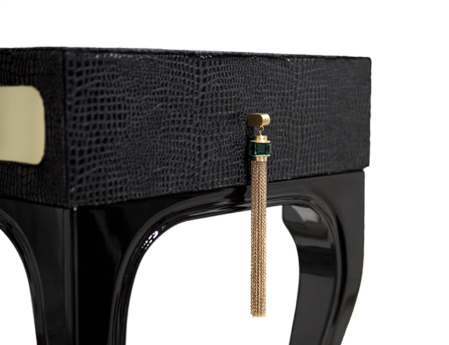 Same details of Exotica Dressing Table by KOKET