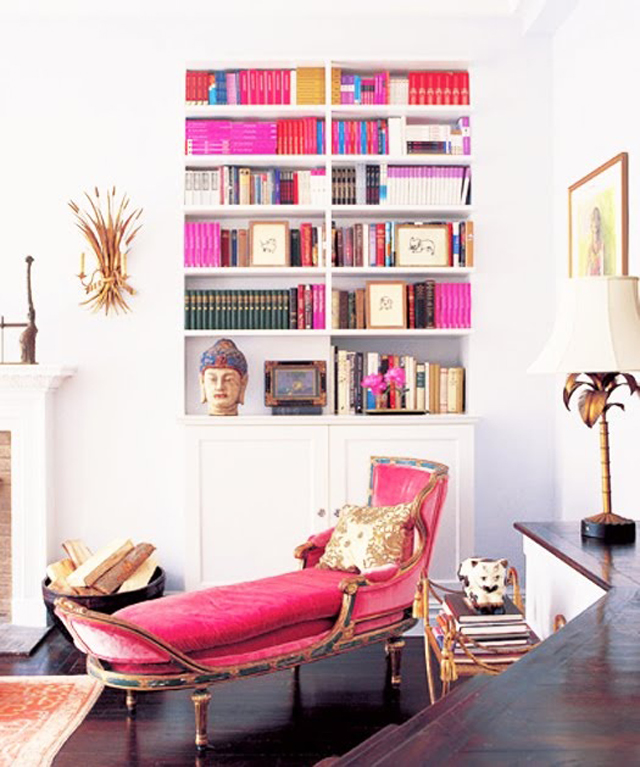Perfect setting for Mademoiselle Armoire in a Living Room  Mademoiselle Armoire, why is it so special? imagem7