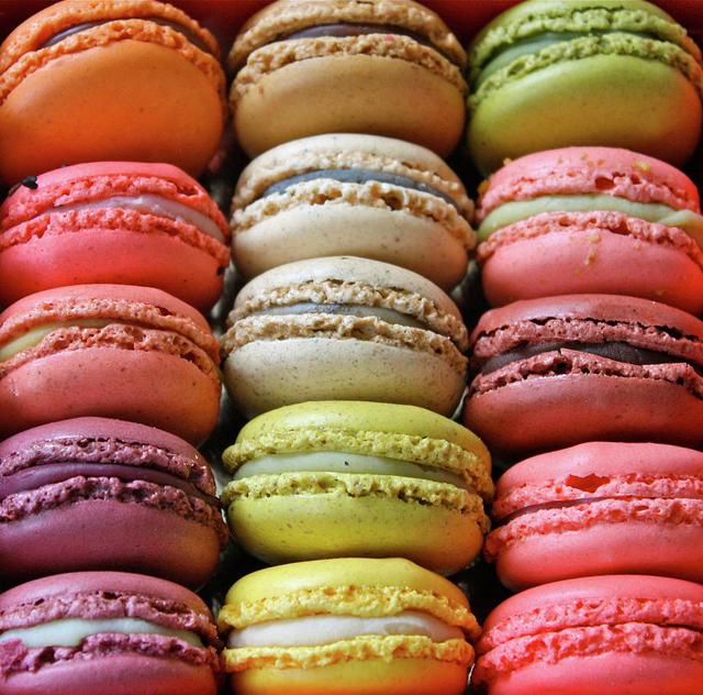 Paris colorful Macarons