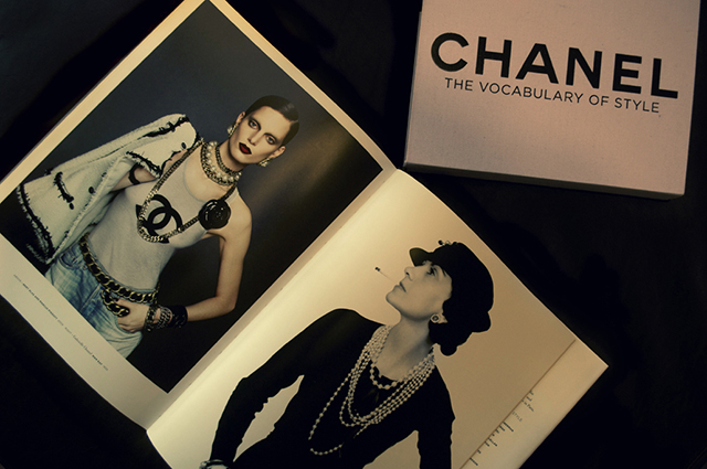 Book: Chanel, The Vocabulary of Style Book: Chanel, The Vocabulary of Style Book: Chanel, The Vocabulary of Style Book Chanel The Vocabulary of Style Interior Pages