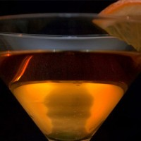 If you want to treat dad to something special to sip on while celebrating Father's Day, here are five cocktails to try, one for each personality! Try your best!