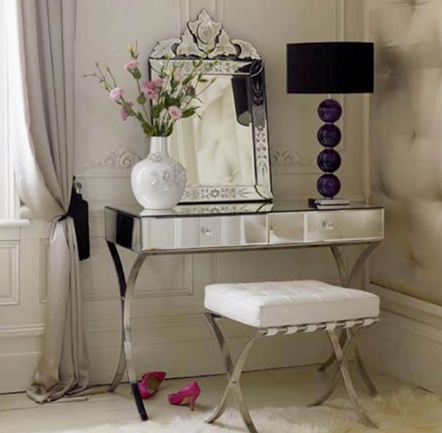Mirrored Dressing Table  Fabulous Dressers for Luxury Homes luxury dressing table design