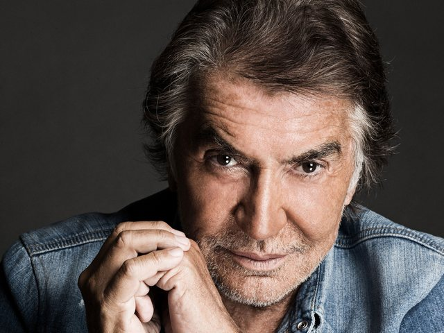 roberto cavalli TOP 50 Best Fashion Designers TOP 50 Best Fashion Designers roberto cavalli1