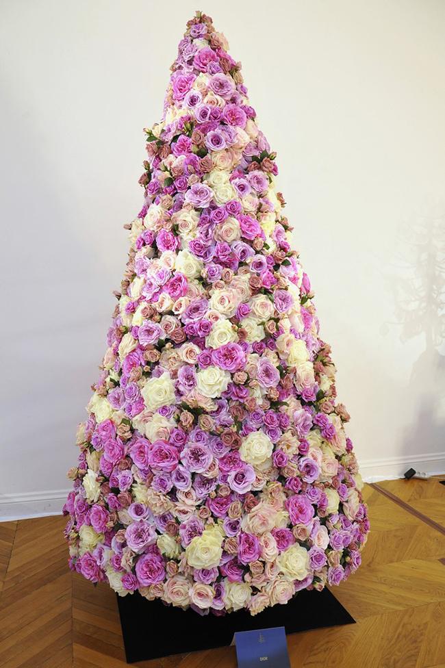 Christian Dior Christmas Tree at Salomon Hotel