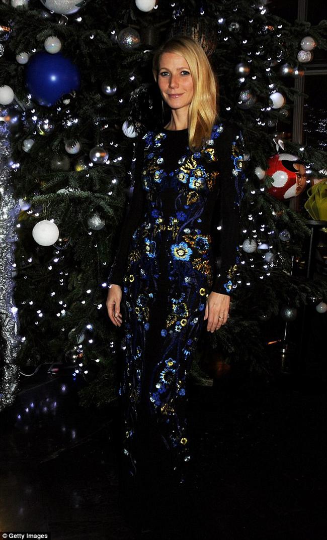 Gwyneth Paltrow with Matthew Williamson christmas tree