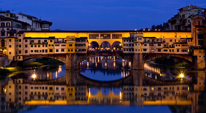 Ponte Vecchio Florence Italy romantic cities The Most Romantic cities in the World for Valentine's Day The Most Romantic cities in the World for Valentine's Day ponte vecchio florence italy romantic cities