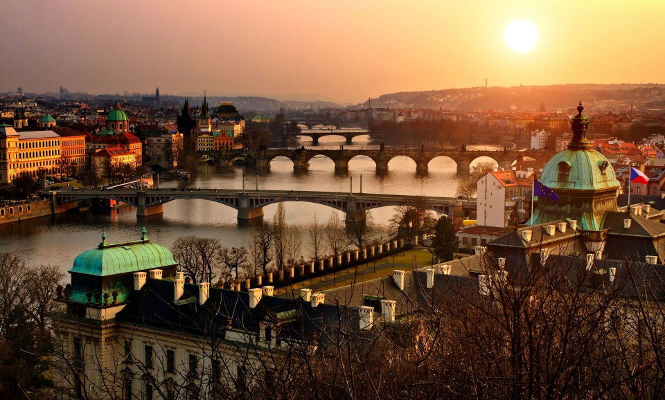 Prague romantic cities