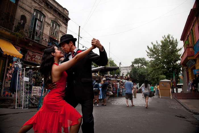 street tango Buenos-Aires Argentina romantic cities The Most Romantic cities in the World for Valentine's Day The Most Romantic cities in the World for Valentine's Day street tango Buennos Aires Argentina romantic cities