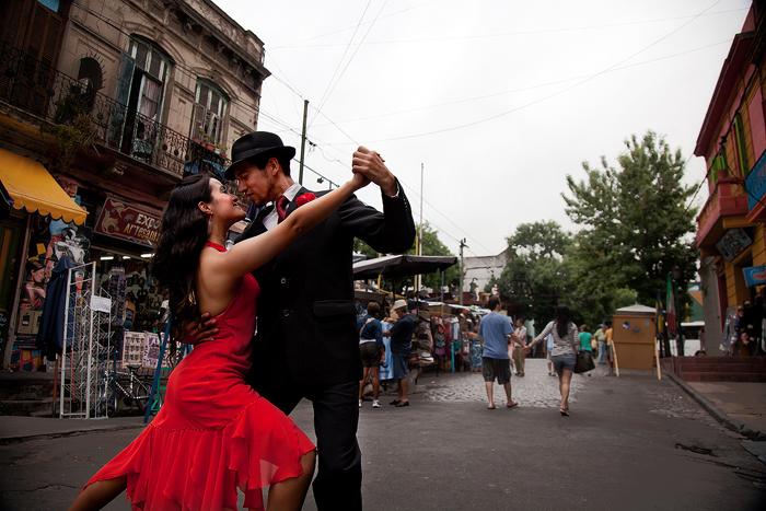 street tango Buenos-Aires Argentina romantic cities