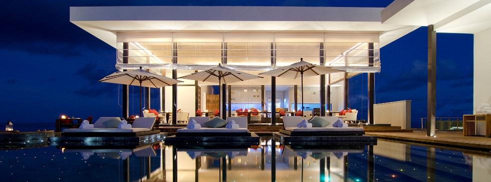 Jumeirah Dhevanafushi luxurious pool, Maldives
