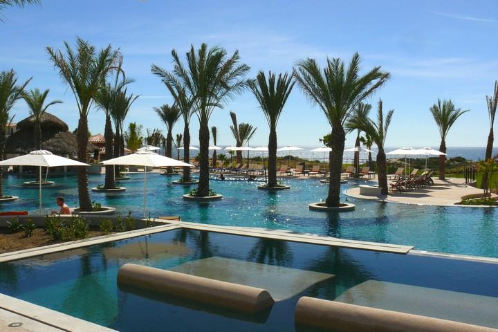 luxury travel destinations rich amazing vacations los cabos