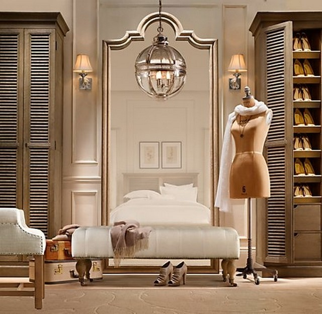The most luxurious dressing room ideas love happens blog for Dressing room accessories