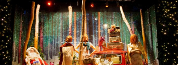 The Most Beautiful Christmas Windows Display of 2014