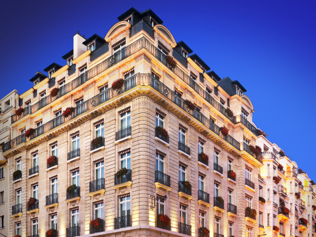 Top Parisian Hotels - Luxury in the Heart of Paris