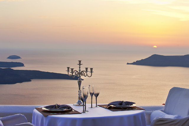 The Most Romantic Restaurants Around the World of 2015 The Most Romantic Restaurants Around the World of 2015 The Most Romantic Restaurants Around the World of 2015 koket love happens most romantic hotels santorini