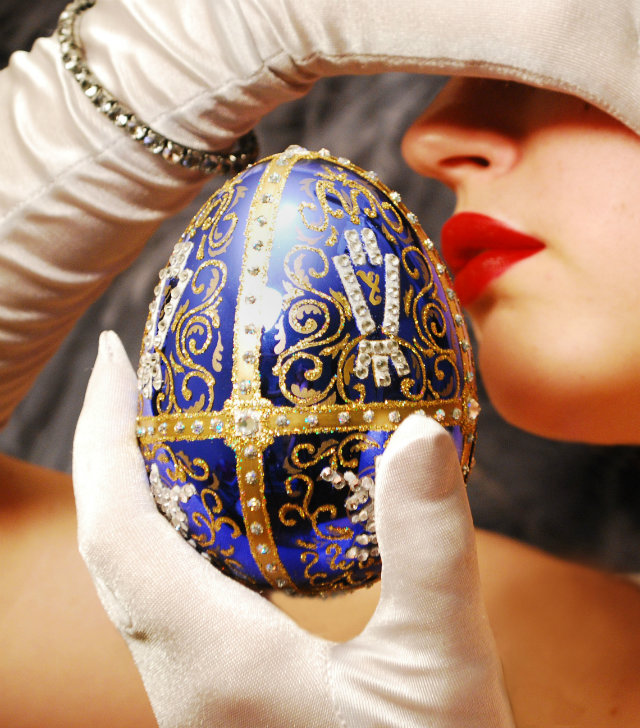 Easter with luxury: The Fabergé Eggs Easter with luxury: The Fabergé Eggs Easter with luxury: The Fabergé Eggs faberge luxury egg koket love happens