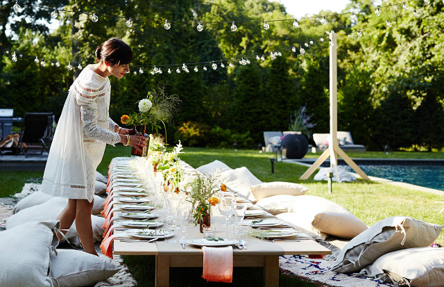How to Decorate your Outdoor Space for a Summer Party