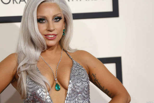lady-gaga-2015-grammy-awards-koket-love-happens