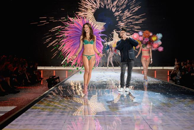 The Best Moments of Victoria's Secret Fashion Show 2015