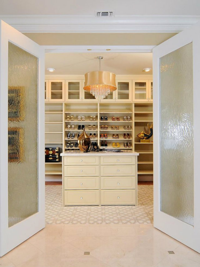 Best walk in closet ideas to copy love happens blog for Walk in closets designs ideas