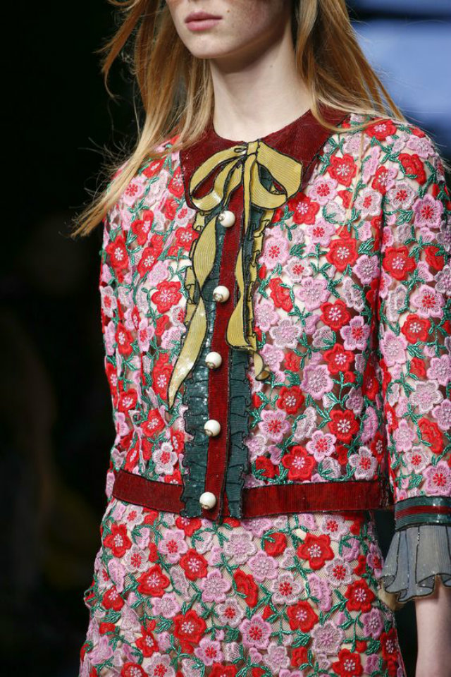 Gucci Spring 2016 Ready-to-Wear Collection. Source: Vogue granny florals Granny Florals on the Rise Granny Florals on the Rise 8