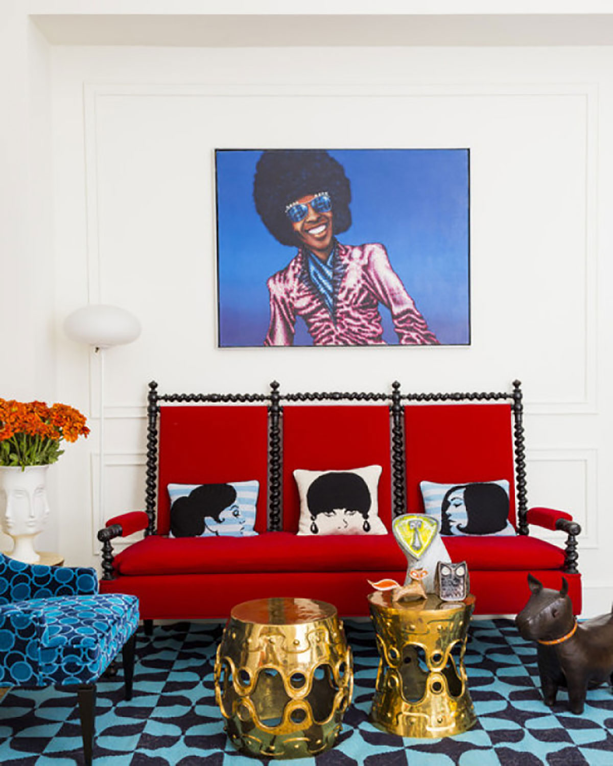 10 Chic Ways to Decorate in Red, White and Blue 4th of July Design living room