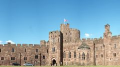 Tour Magical Peckforton Castle slider