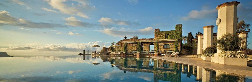 The best luxury hotels along the amalfi coast for Hotel luxury amalfi