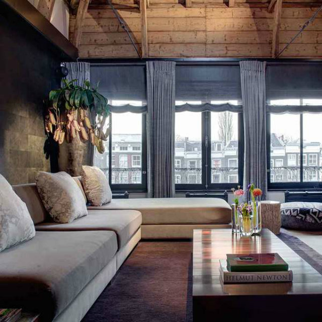 Elegant and contemporary canal loft project.