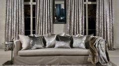 Essential Tips to Hang Curtains