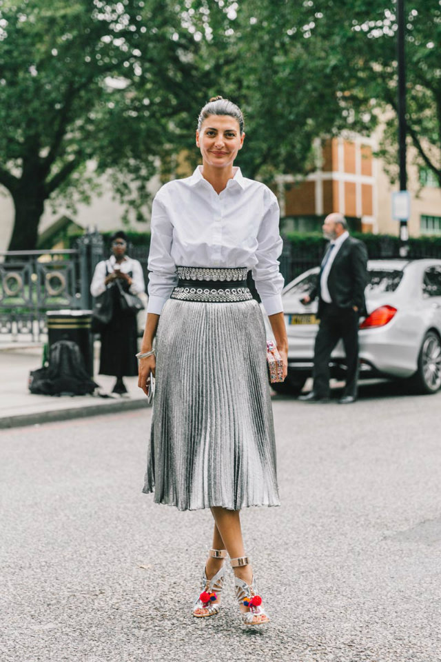 Flowing skirt and cinched waist.
