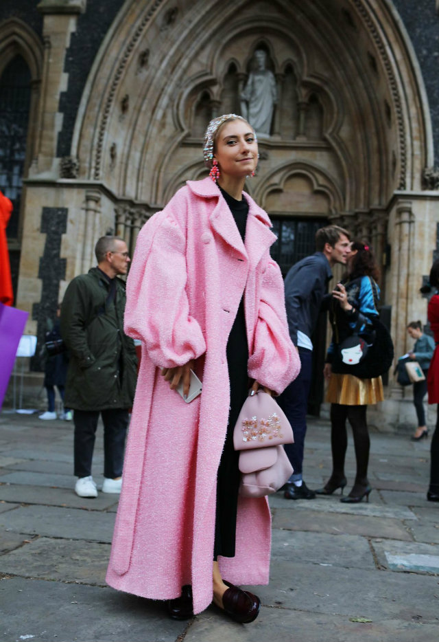 Top Street Style Looks From London Fashion Week Love