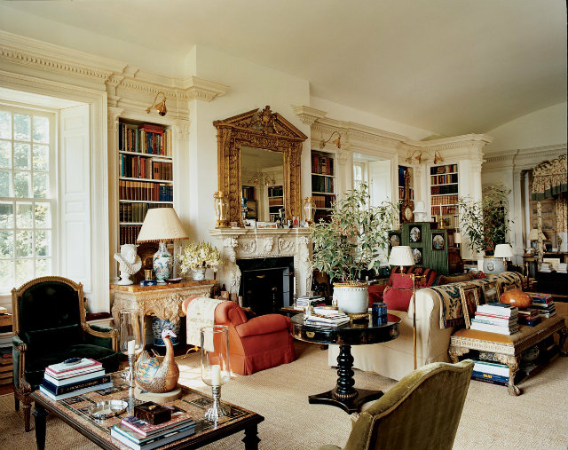 Functioning as a living space, library and bedroom, Renta's master room is filled with European antiques.  fashion designers Peek Inside 15 Fashion Designers Decadent Home Interiors Peek Inside 15 Fashion Designers Decadent Home Interiors renta