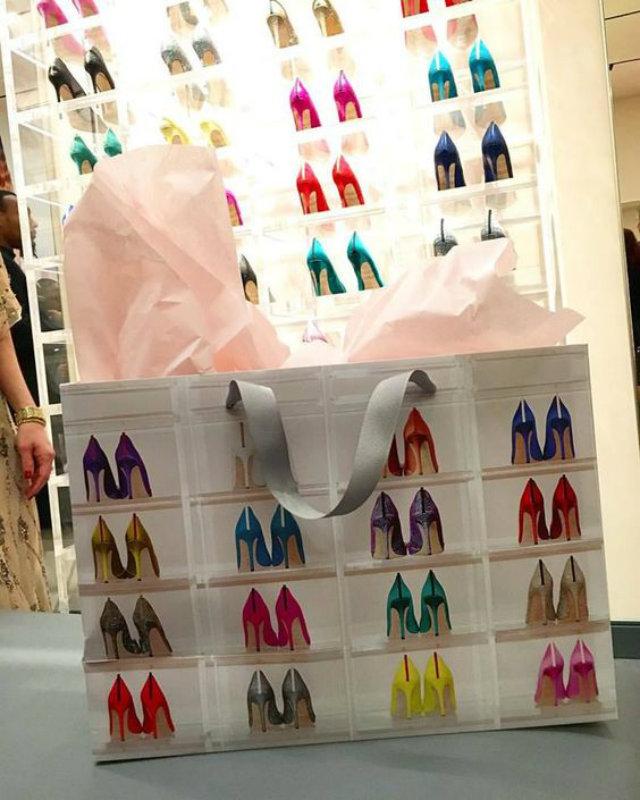 Go Inside Sarah Jessica Parker's Shoe Store shoe store Go Inside Sarah Jessica Parker's Shoe Store Go Inside Sarah Jessica Parkers Shoes Store 2