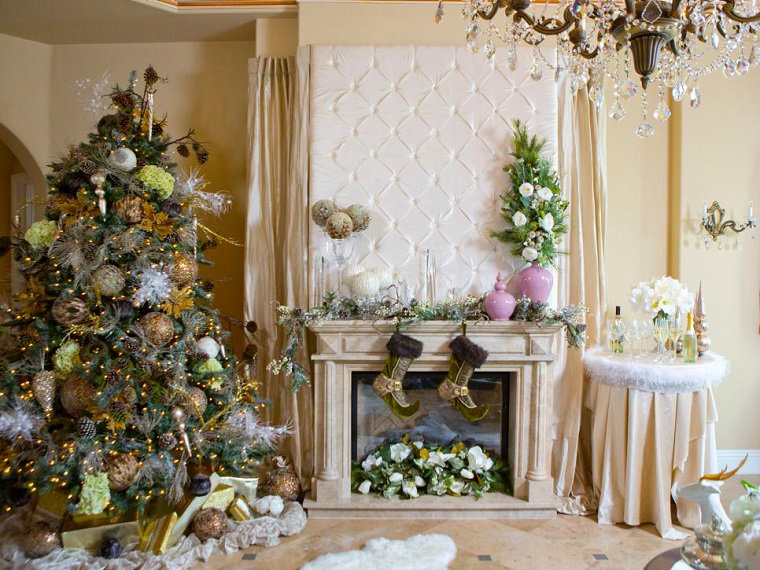 The Best Celebrity Homes Decorated For Christmas celebrity homes The Best Celebrity Homes Decorated For Christmas How Celebrities Are Decking Their Homes for the Holidays 3