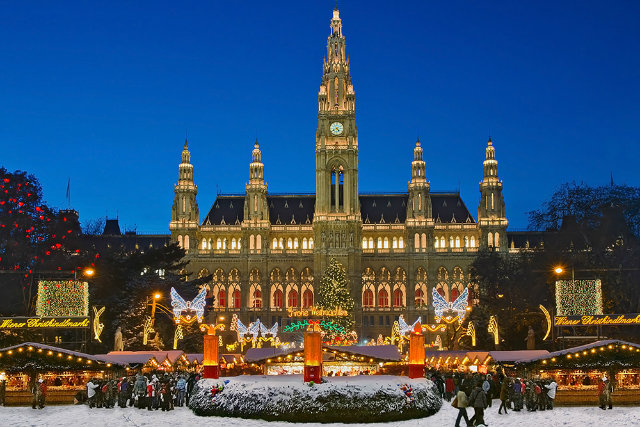 The Best Towns To Celebrate Christmas best towns The Best Towns To Celebrate Christmas The Best Towns To Celebrate Christmas 10