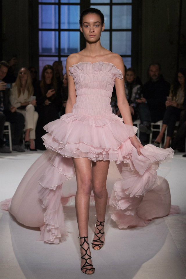 The Must-See Runway Looks from Couture Week 2017 paris couture week The Must-See Runway Looks from Paris Couture Week 2017 The Must See Runway Looks from Couture Week 2017 2