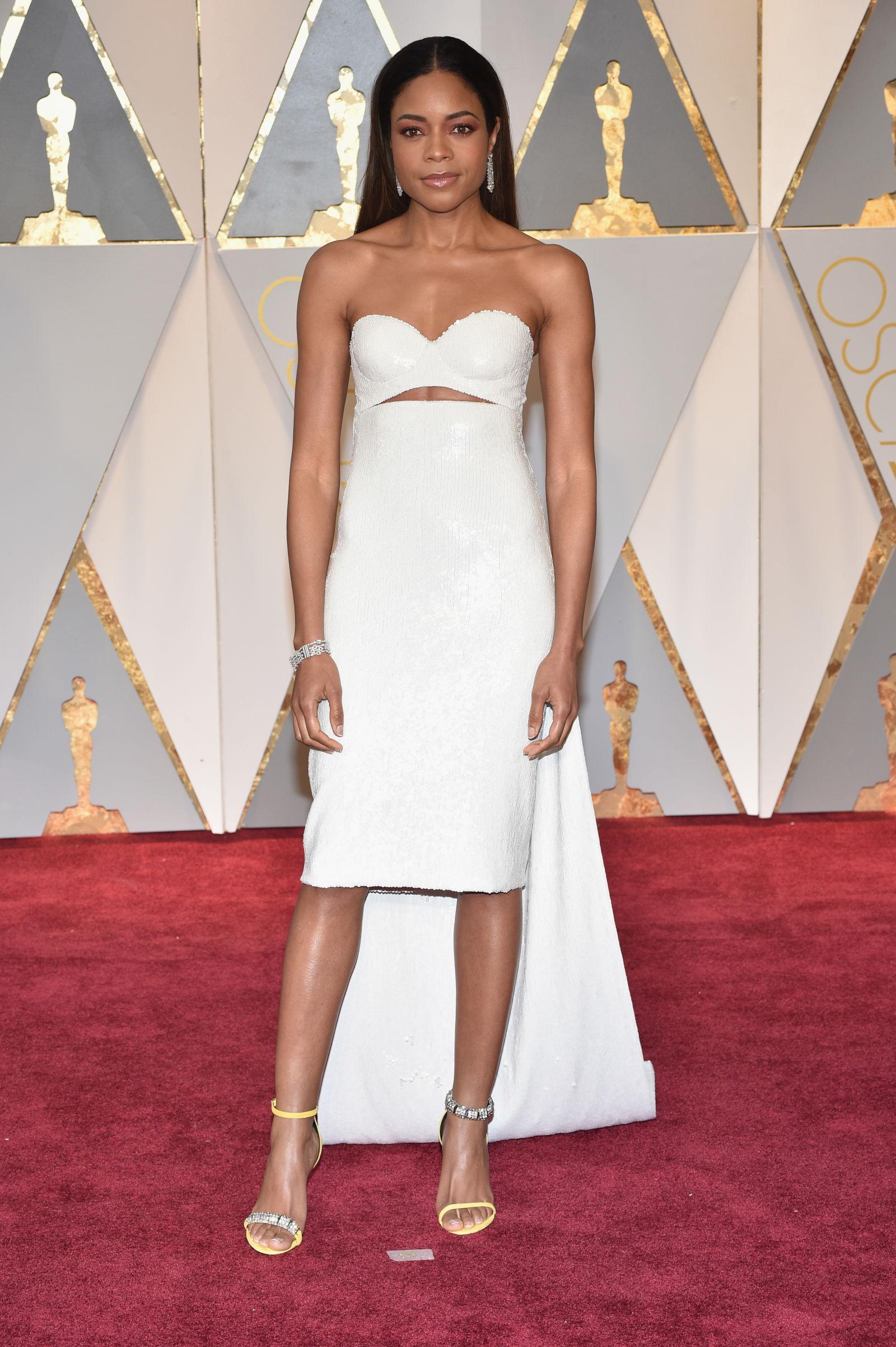 Red Carpet Best Dresses at Oscars 2017 Clavin Klein red carpet Red Carpet Best Dresses at Oscars 2017 Red Carpet Best Dresses at Oscars 2017 Clavin Klein