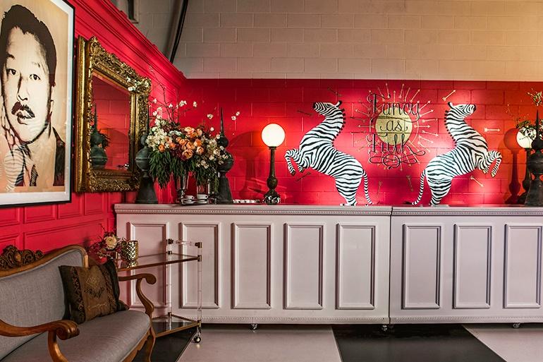 The Opulent NYFW Lounge by Ken Fulk Stylish Luxury Furniture Ken Fulk NYFW Opulent Lounges by Ken Fulk The Opulent NYFW Lounge by Ken Fulk Stylish Luxury Furniture
