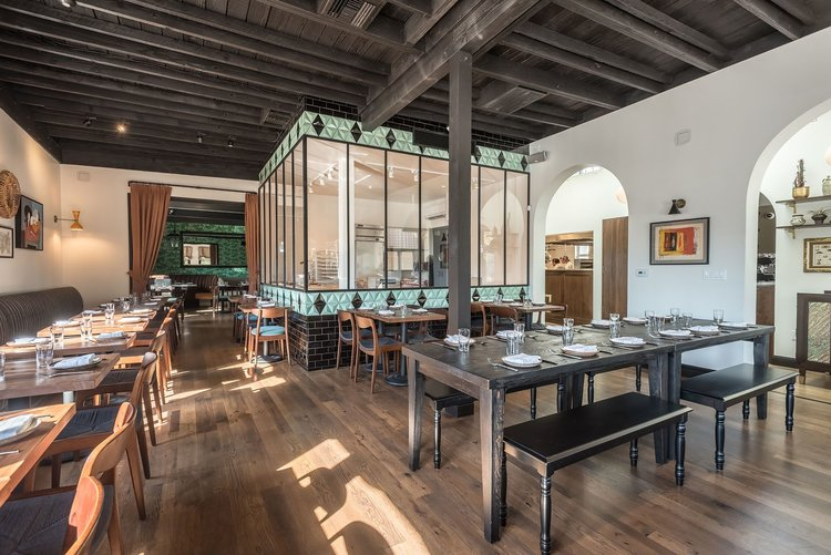 Best Restaurants in Los Angeles: Felix Trattoria - Venice - Italian cusinie best restaurants in los angeles Dining During Dwell on Design 2017: 20 Best Restaurants in Los Angeles Felix 010