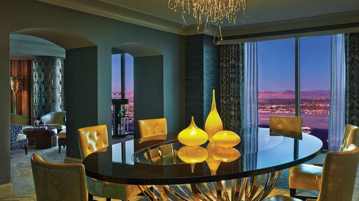 Boutique Hotels in Las Vegas: Four Seasons, luxury furniture