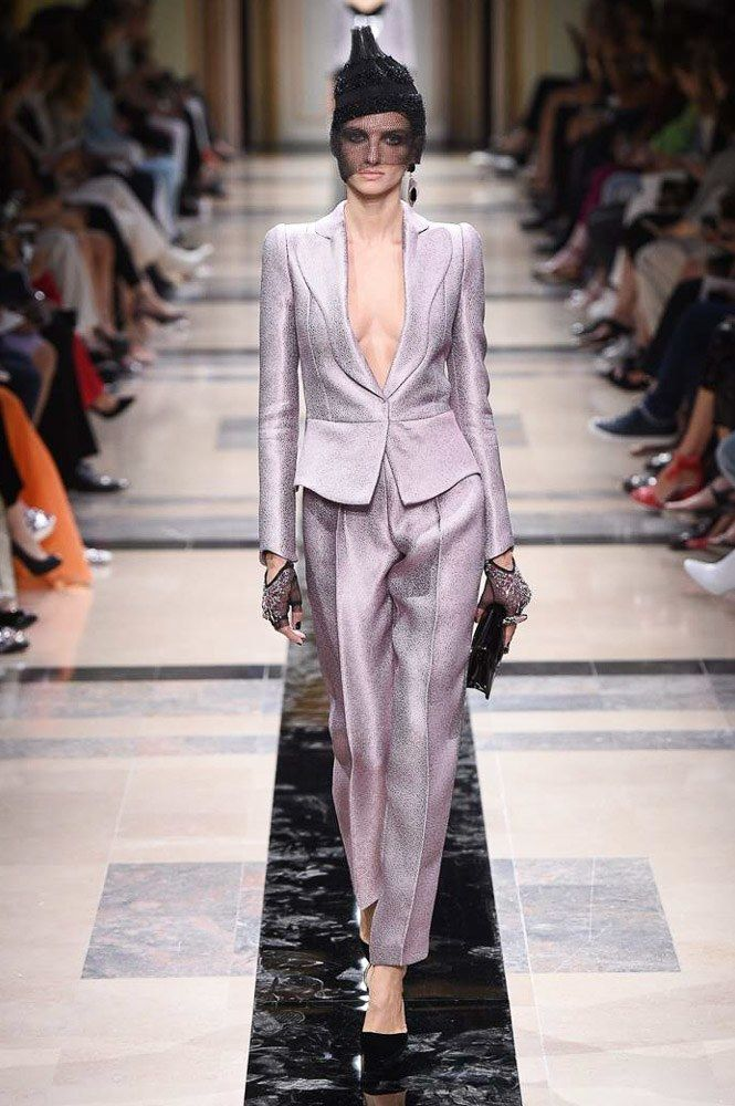 Armani Privé Fall 2017, fashion trends fall 2017 haute couture paris fashion week 2017 Top Fashions from the Haute Couture Paris Fashion Week 2017 Armani Priv   Fall 2017 Couture Fashion Show