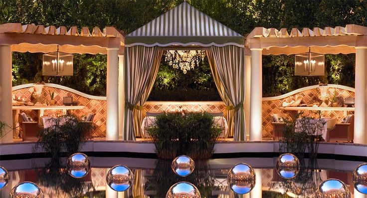 Best restaurants in las vegas, Costa di Mare at Wynn Las Vegas, cabana dining, private cabanas restaurant