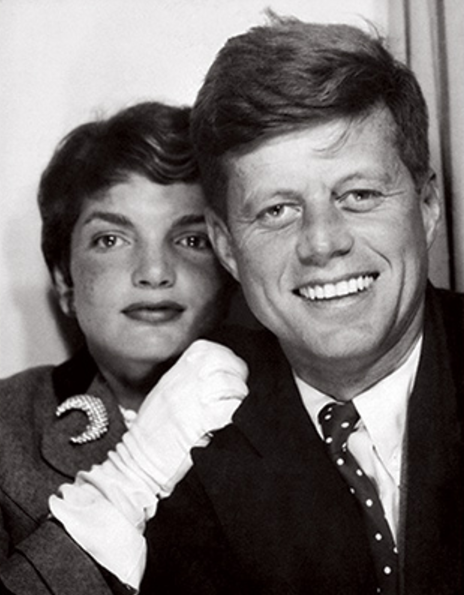 Museum Exhibitions in NYC - AMERICAN VISIONARY: JOHN F. KENNEDY'S LIFE AND TIMES Where: New-York Historical Society, Best Museum Exhibitions in New York, New York Photography Exhibits - John and Jackie Kennedy - Photo Booth