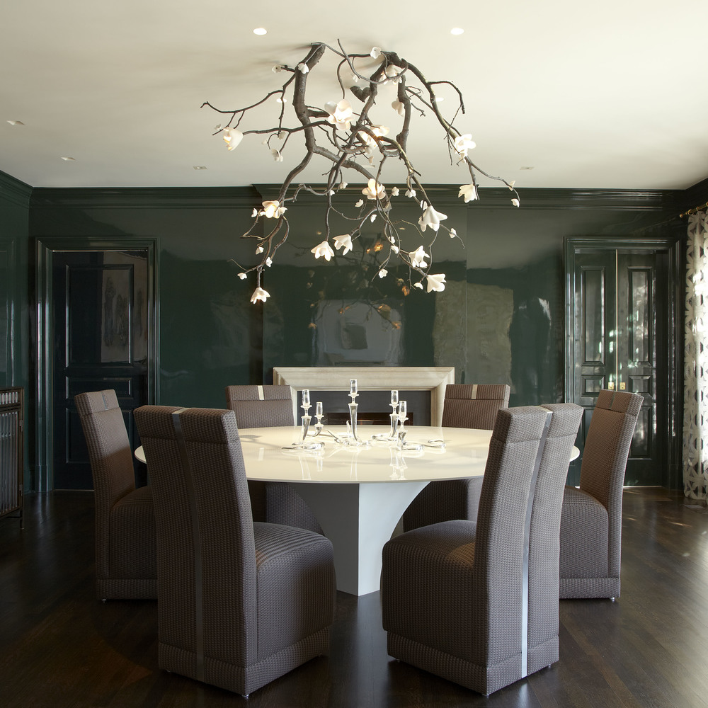 Top NYC Interior Designers - Fox-Nahem+Associates - Joe Nahem - high-gloss lacquered walls,dining room