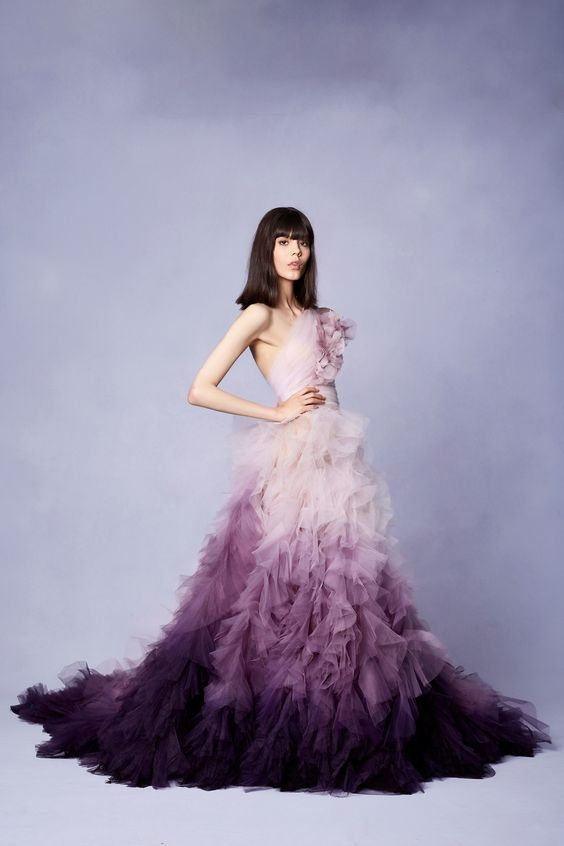 Marchesa Resort 2018 Fashion Show - Ombre dress - light to dark purple - tulle gown - ombre color ombre color At Home and In Fashion: The Forever Glamorous Ombre Color Trend Marchesa Resort 2018 Fashion Show Ombre dress light to dark purple